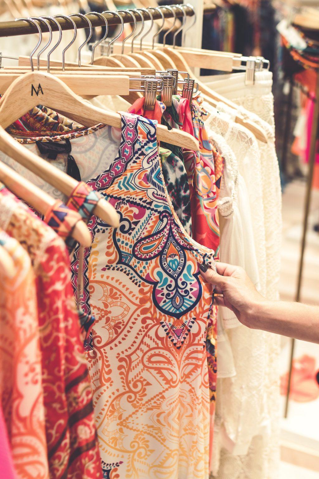 achizitii haine